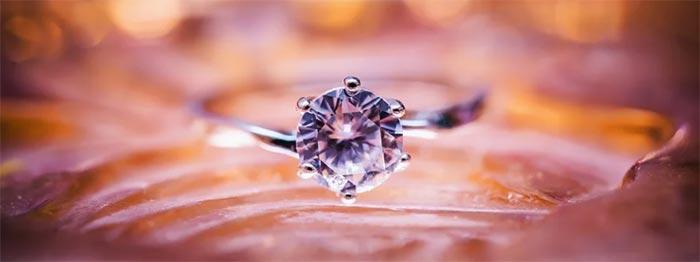 Investera i diamanter